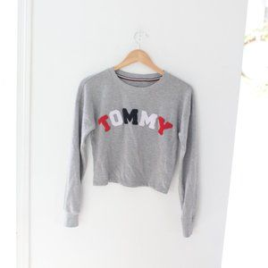 Tommy Hilfiger gray cropped sweatshirt top M